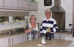 Geoff-and-Christine-enjoying-retirement